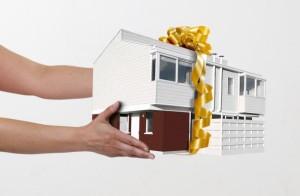 Подарить свою долю в приватизированной квартире